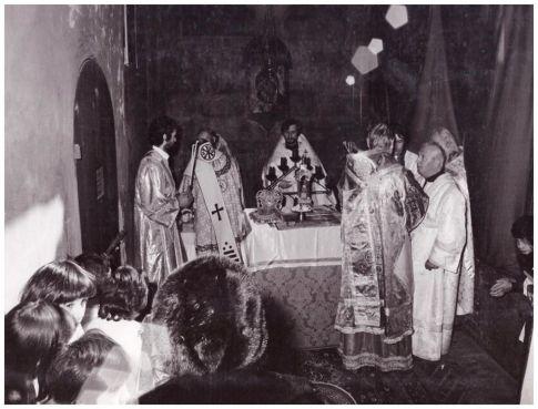 Mitropolitul Nicodim Rotov Slujind la Lazzaretto